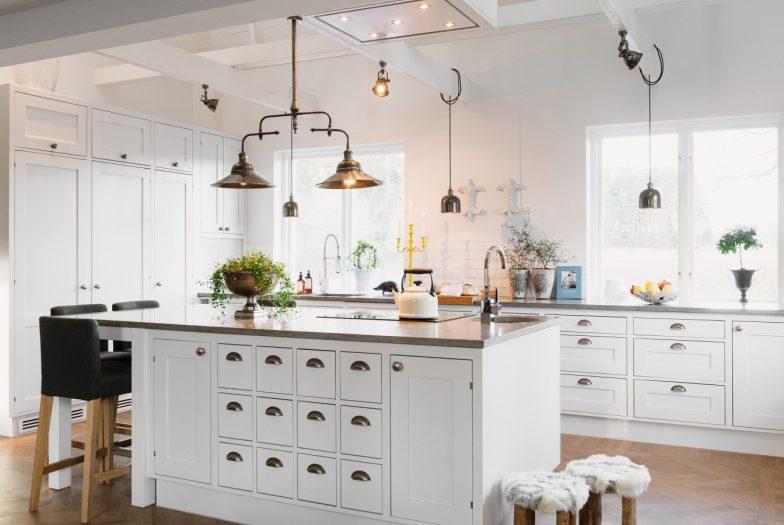 lampu gantung dapur minimalis dengan banyak lampu