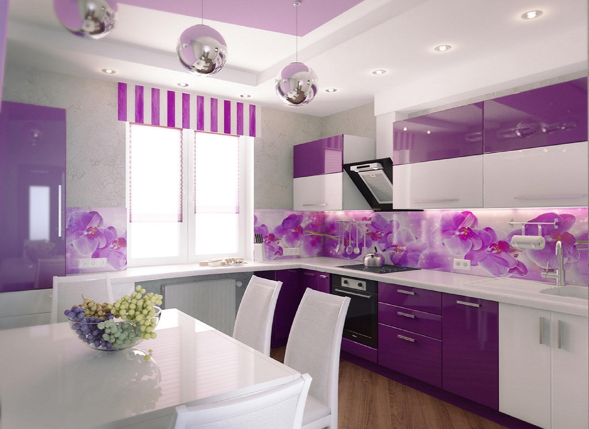 dekor dapur dengan dinding ungu motif bunga