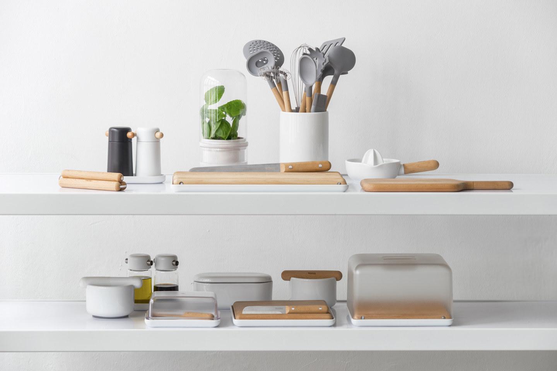 peralatan dapur simple untuk di kantor